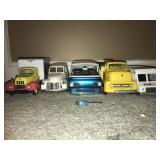 LOT 5 ASSORTED MODEL CARS
