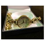WATCH WITH ADJUSTABLE BAND PEARL INLAY