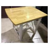 SMALL CHILDS SIZE TABLE