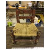 DOLL PRIMITIVE CHAIR