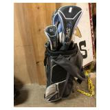 WOMANS GOLF CLUBS LIKE NEW