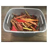TOTE FULL OF LINCOLN LOGS