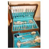 Rogers Bros.flatware set in chest