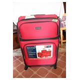 Chaps 5 Piece lightweight luggage set
