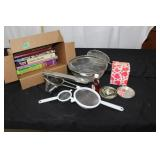 Box of assorted cook books/baking lot-see pictures