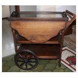 ffTea cart with removeable glass top tray-