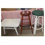 Wicker table with removeable top-28x18x17 tall/