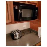 MICROWAVE, GE, W/ TOASTER, BLACK AND DECKER