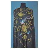 CHINESE EXPORT EMBROIDERED SILK SHAWL