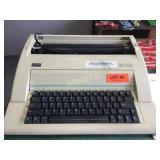 WPT-150 Electronic Type Writer