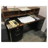 Office Desk w/ Upper Storage - 60 x 30