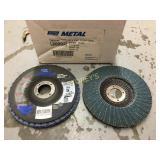 Box of Norton 5 x 7/8 Flap Discs - ~10/box