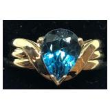 H107 14KT YELLOW GOLD BLUE TOPAZ RING
