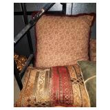 11 - CLEAN LOT OF THROW PILLOWS