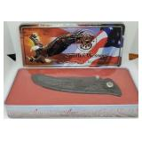 11 - LT ED SMITH & WESSON KNIFE