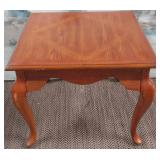 """11 - LOVELY WOOD ACCENT TABLE 23""""X27"""""""