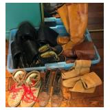 903 - MIXED LOT OF LADIES SHOES & BOOTS