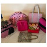 903 - MIXED LOT OF PURSES & TOTE BAGS
