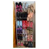 903 - LARGE LOT OF LADIES SHOES