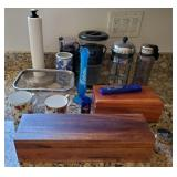 809 - WOOD SPICE BOX & MIXED KITCHEN ITEMS