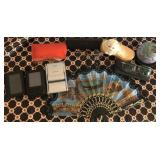 809 - MIXED LOT: FAN, CANDLE, KITTEN (SEE PICS)