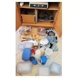 809 - MIXED LOT OF FOOD STORAGE ITEMS