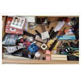809 - MIXED LOT OF KITCHEN DRAWER (L)