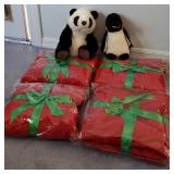 809 - PANDA;PENGUIN & 4 RED BLANKETS FROM THE M