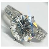 PLATINUM 4.39CTS DIAMOND RING FEATURES 3.49CTS