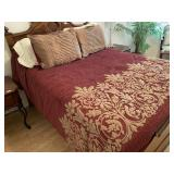 78 - FULL SIZE BED W/RED BED LINENS