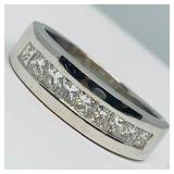 14KT WHITE GOLD 2.25CTS MENS DIAMOND RING FEATURES