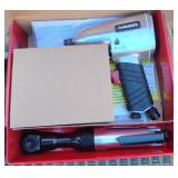 850 - HUSKY IMPACT WRENCH & AIR RATCHET COMBO