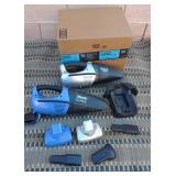 850 - SHARK DUST VAC WITH ACCESSORIES