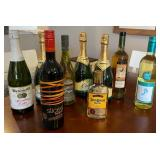 850 - LOT OF COLLECTIBLE BOTTLES
