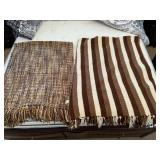 850 - LOVELY BROWN THROW BLANKETS