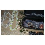Fashion jewelry. Necklaces bracelet etx