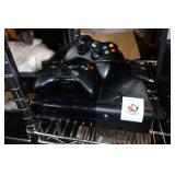 XBOX 360 with Controlers no cords