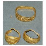 Gold Jewelry Lot.