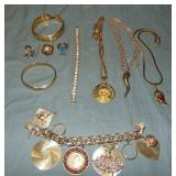 14Kt Gold Jewelry Lot.