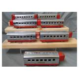 7 Lionel Jr Streamline Passenger Cars