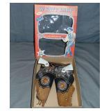 Boxed Wyatt Earp Double Cap Gun & Holster Set