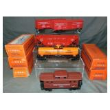 5 Late Boxed Lionel Freight Cars
