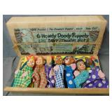 Howdy Doody. Puppet Theater Set.