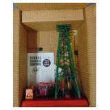 NMINT Boxed Lionel 455 Oil Derrick