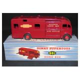 Boxed Dinky 981 Horse Box