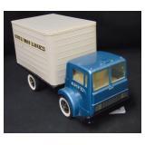 "Scarce Ertl Van Lines, ""White"" Truck, Flip Up Cab"