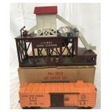 LN Boxed Lionel 352 Icing Station