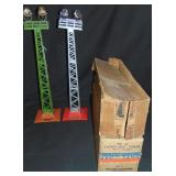 2 Clean Boxed Lionel 92 Light Towers