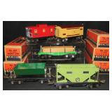 5 Nice Boxed Lionel 600 Series Freight Cars