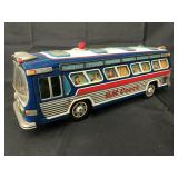 Battery Op Tin Litho GM Coach Bus, Japan